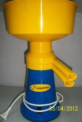 Сепаратор электрический «Фермер»,  электросепаратор,  сливкоотделитель